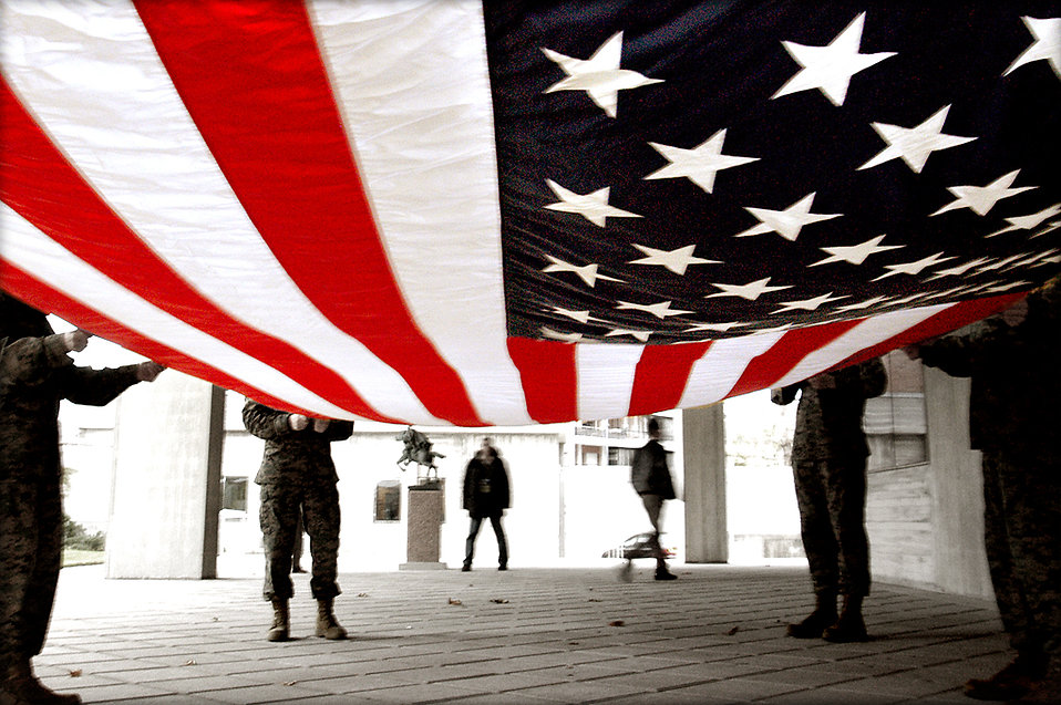 9352-soldiers-preparing-to-fold-an-american-flag-pv